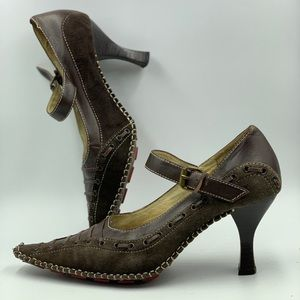 Shoes - Super Retro hand sewn leather heels